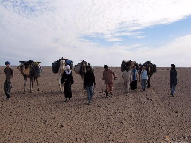le-trek-via-la-vallee-du-draa-et-le-desert-8-jours-de-marrakech