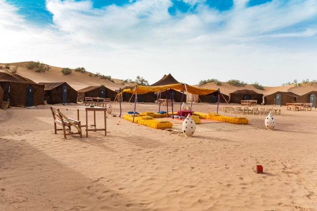 Authentic_Erglihoudi_Desert_Camp